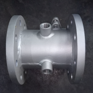 Jacketed ball valve with steam jacket